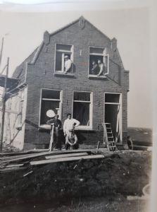 JAAR 1930 VERBOUWING MIDDELIE 30